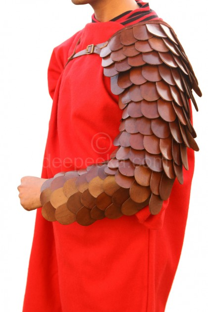 Gladiator Scaled Arm Guard (Single)